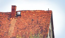 خوردگی و پوسیدگی سقف های شیروانی و هزینه های ناشی از آن